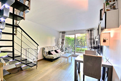 Appartement 84m² -Duplex et jardin privatif
