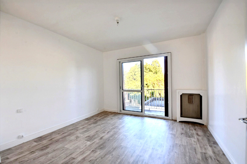 Centre Vaucresson appartement de 94 m² 6/7